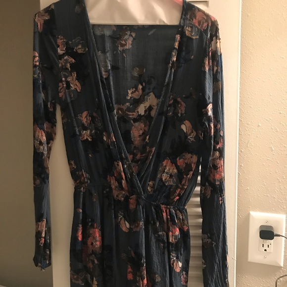 Audrey 3+1 Dresses & Skirts - Cute Floral Romper from Dress Up boutique. Size M